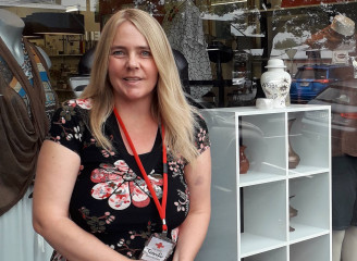 Jennifer's story - challenging the stigma of mental health through volunteering